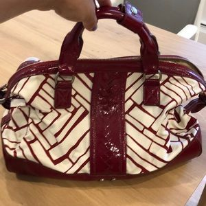 Cole Haan accent bag. Great for spring or summer.
